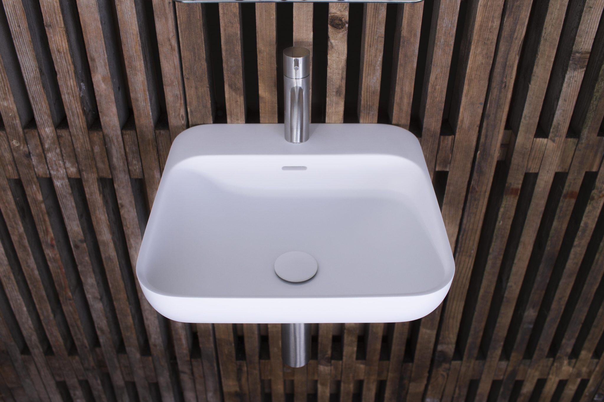 en-40-wash-basin-from-copenhagen-bath_27145627391_o