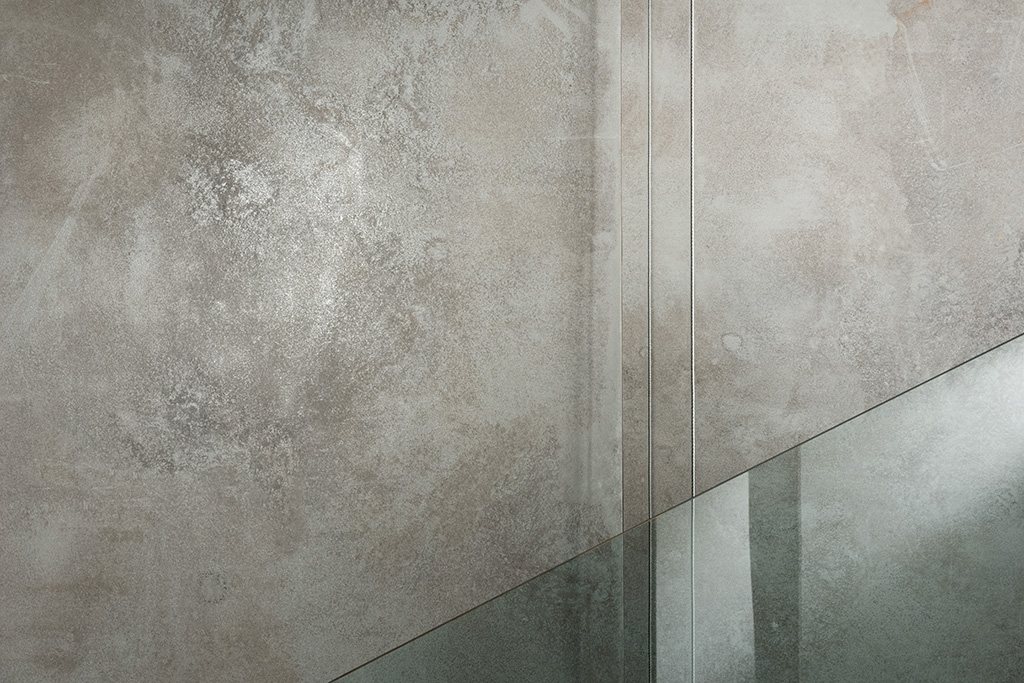 ULTRA Metal Grey Zinc