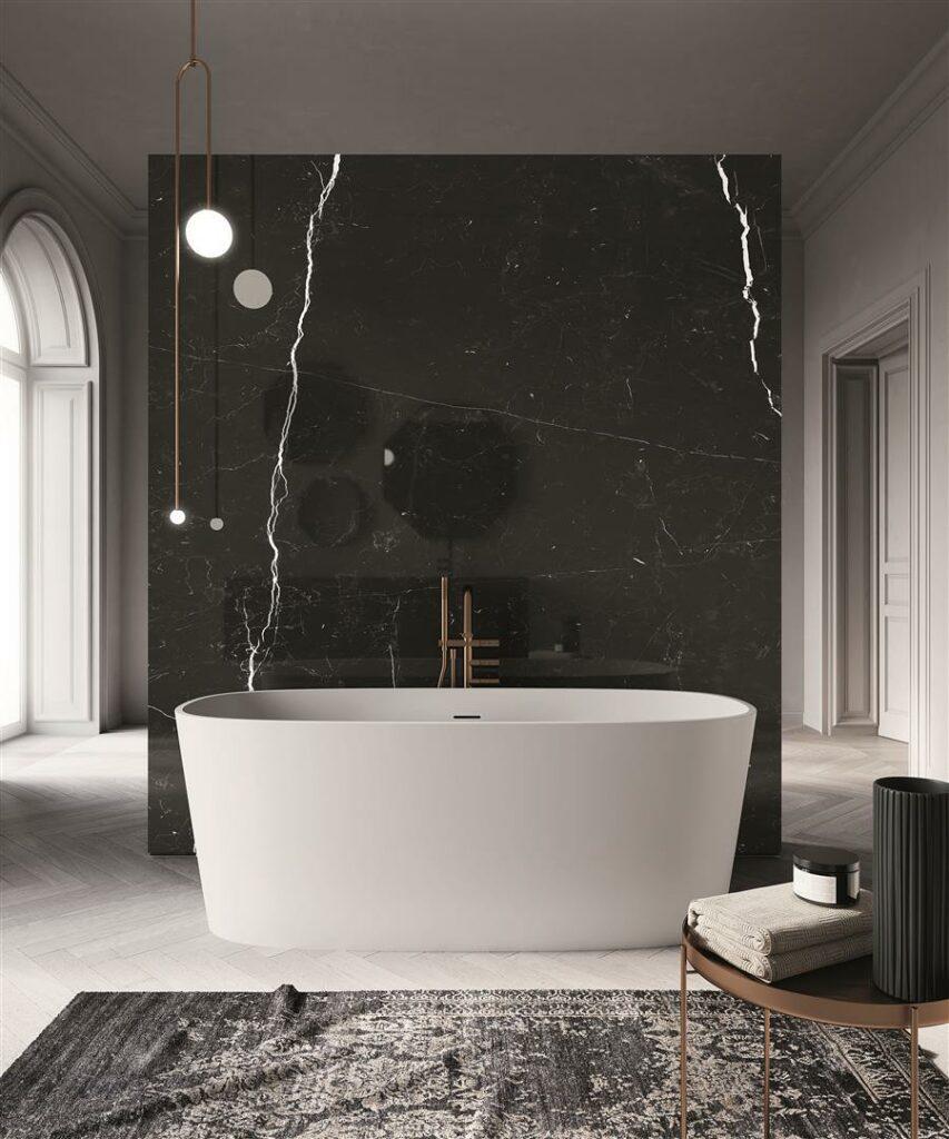 nero marquina sort marmor mot hvit matt badekar